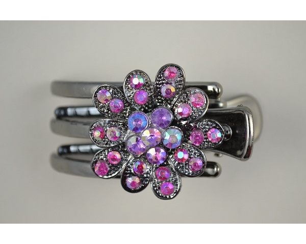 Mini flower claw clamp encrusted with diamante stones. In 3 designs