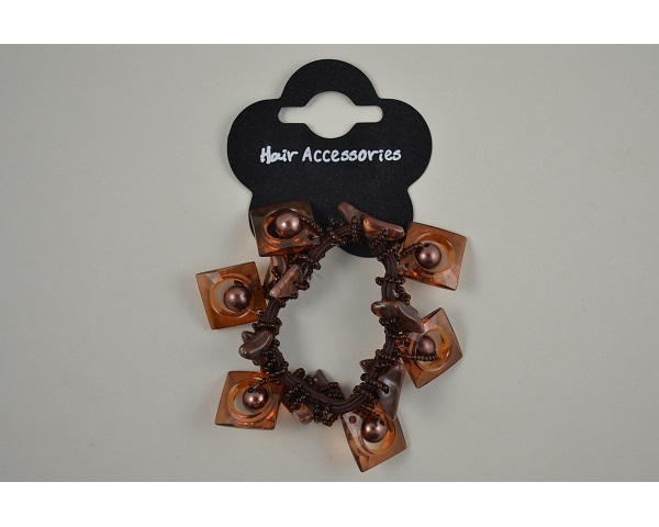 1 card large scrunchie with square and circular design beading. In 2 shades of brown