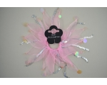 1 windmill scrunchie with sequin detail in pink