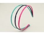 3 narrow marbled effect alice bands per card. In blue, pink & green or blue, purple & green
