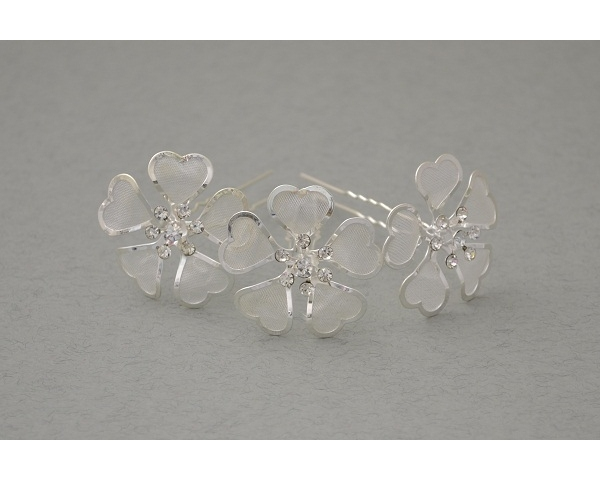 12 x  Hair pin with silver hearts shaped into a flower with centre crystal cluster. Approx 3.5cm.