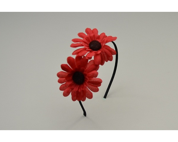 Sateen covered alice band with two side mounted flowers. In pink red & cream per pack