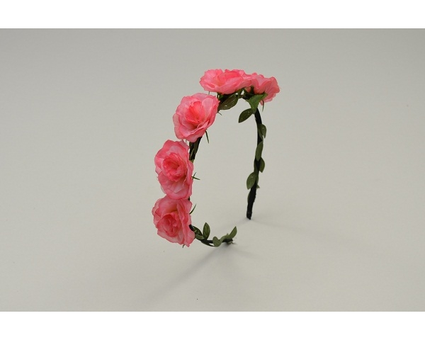 Sateen covered alice band with flower garland and twine finish. Colour as per image