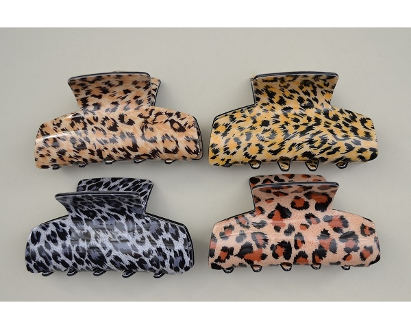 Animal print clamp. 4 designs per pack as per images. Approx 8cm