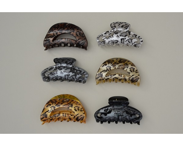 Glittery sheen shaped clamp - 2 styles per pack. Colours as per image