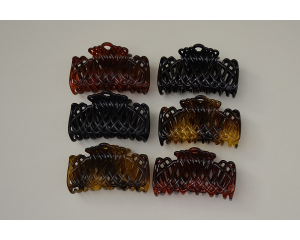 Basket weave cutout design clamp in black, brown and amber per pack. Matt and gloss finish. 8 cm approx