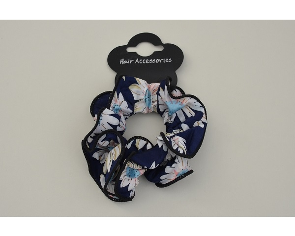 1x large scrunchie in floral design fabric. Colours as per images